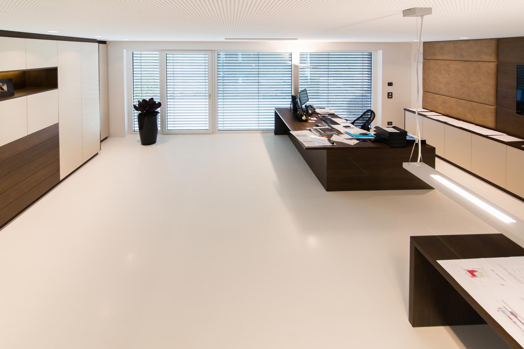 beschichtungen koch gmbh bodenbel ge innenausbau. Black Bedroom Furniture Sets. Home Design Ideas